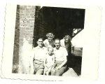 Antoni i Tadeusz z córkami: Danka, Róża i Teresa